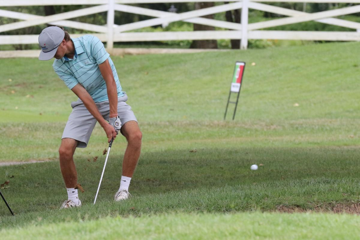 0801 golf-2.jpg