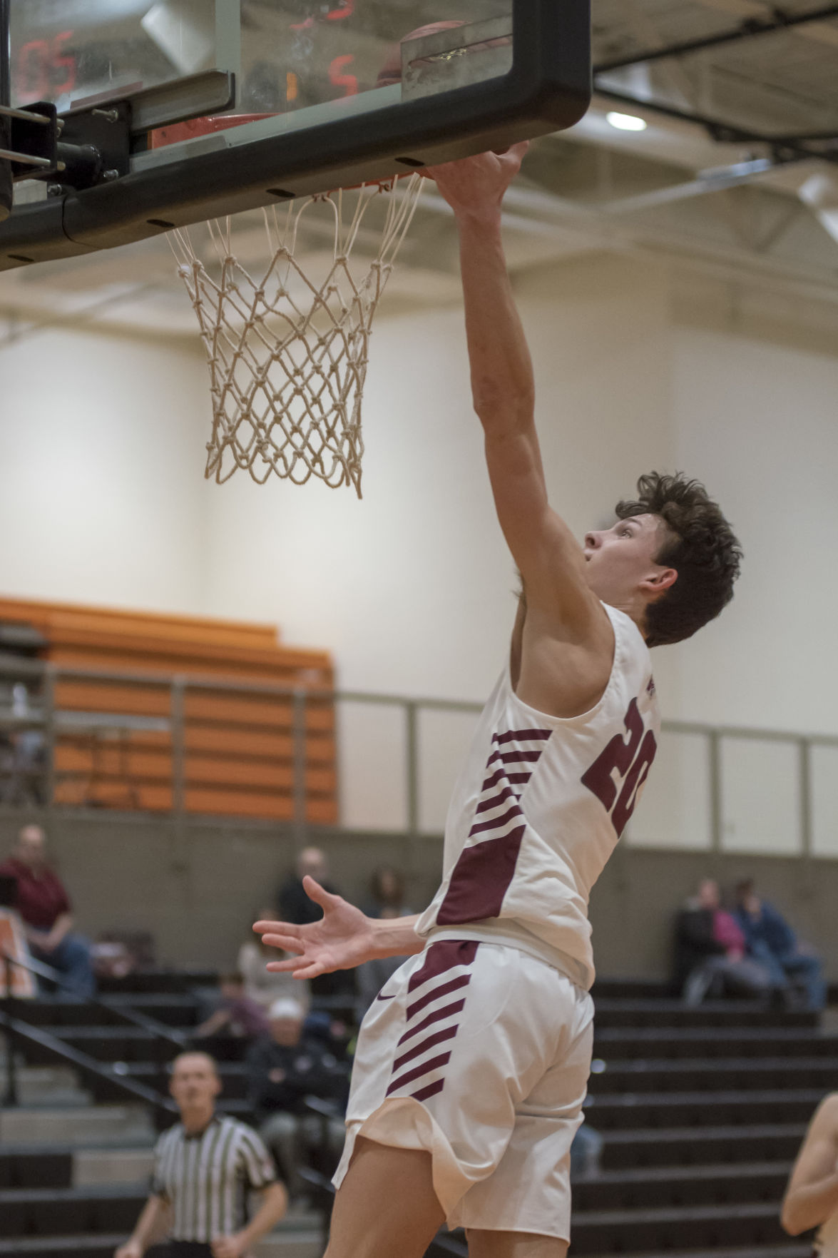 Braden Leadingham finishes with the layup.JPG