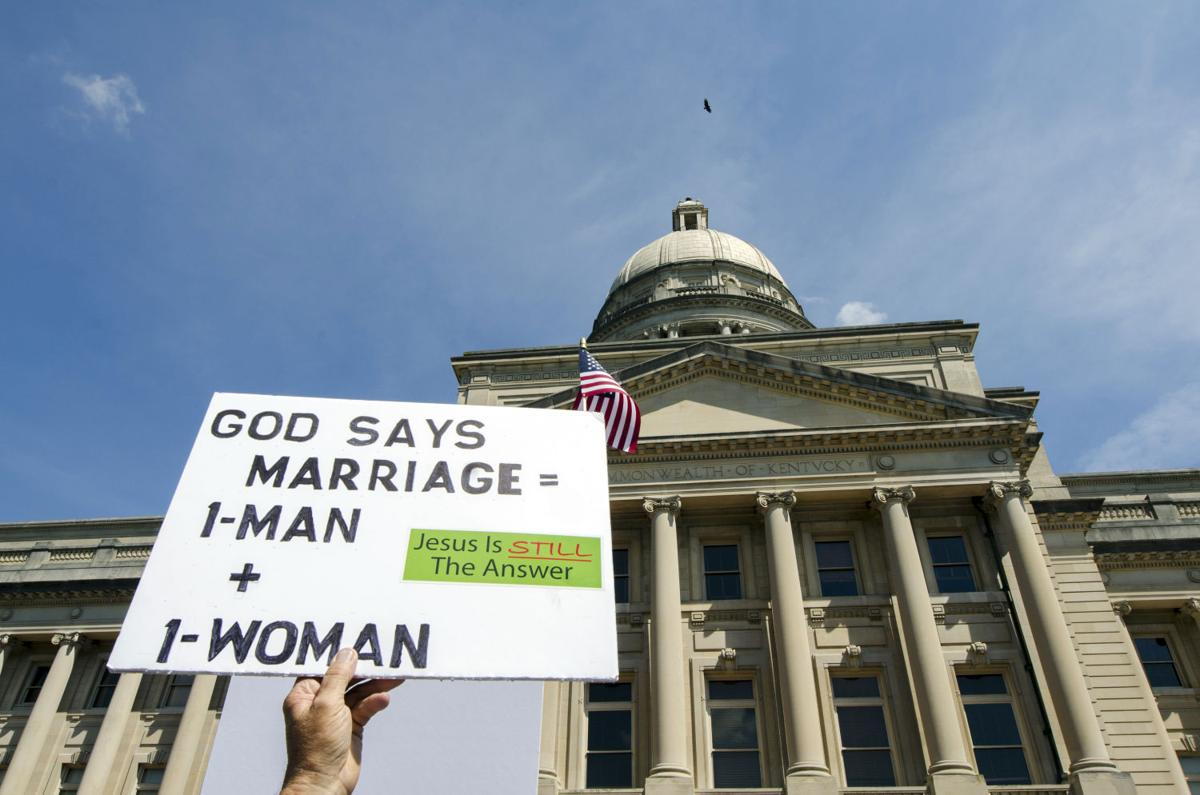 Timeline on gay marriage issue with Rowan County clerk