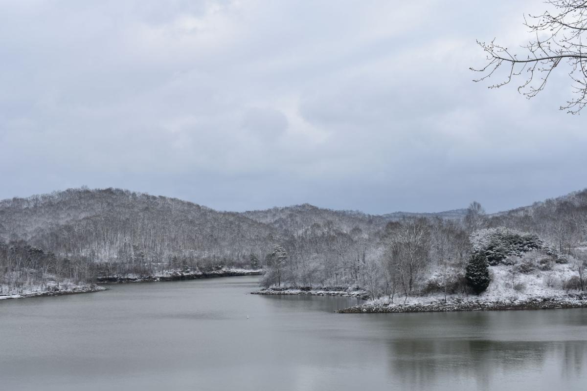2-12 Snow on Grayson Lake.JPG