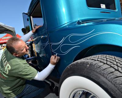 Local Artist Pinstriper Travels Car Show Circuit News Dailyindependent Com