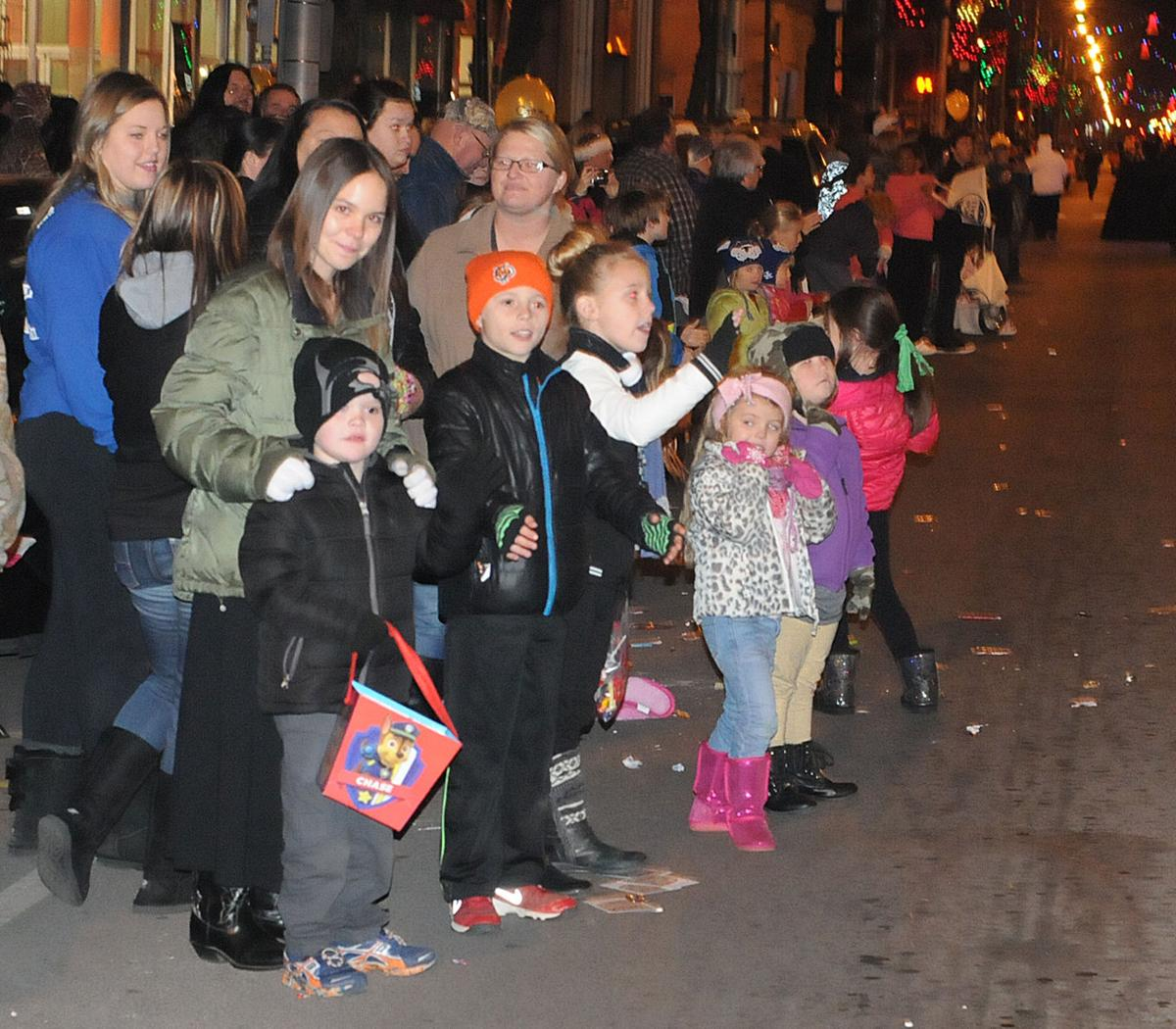 Ashland Christmas Parade 2019.2015 Winter Wonderland Of Lights Christmas Parade News