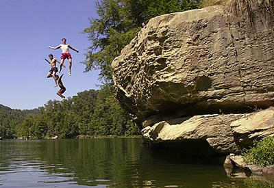 No 3 Cliff diving banned at Grayson Lake | Local News
