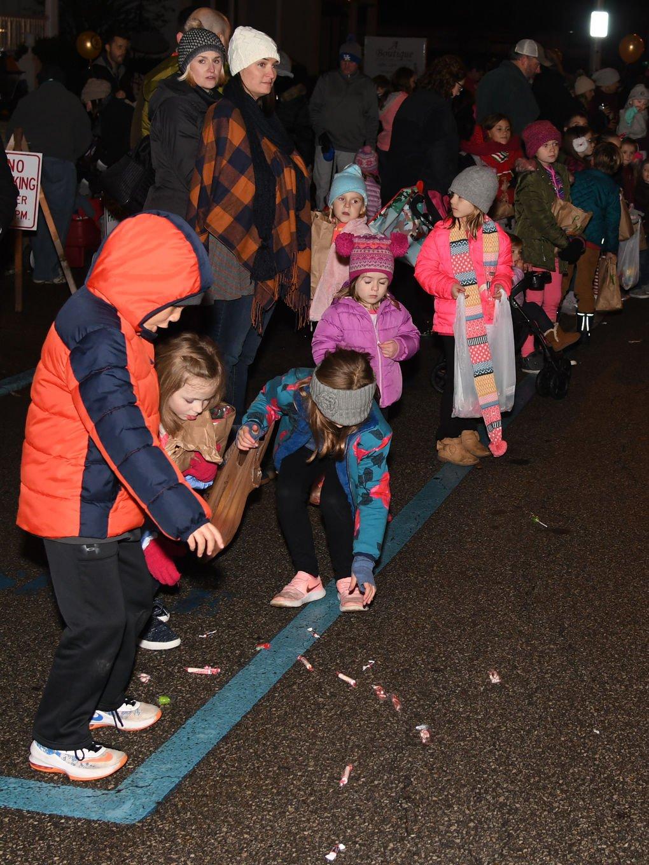 Ashland Christmas Parade 2019.Ashland Christmas Parade A Big Hit News Dailyindependent Com