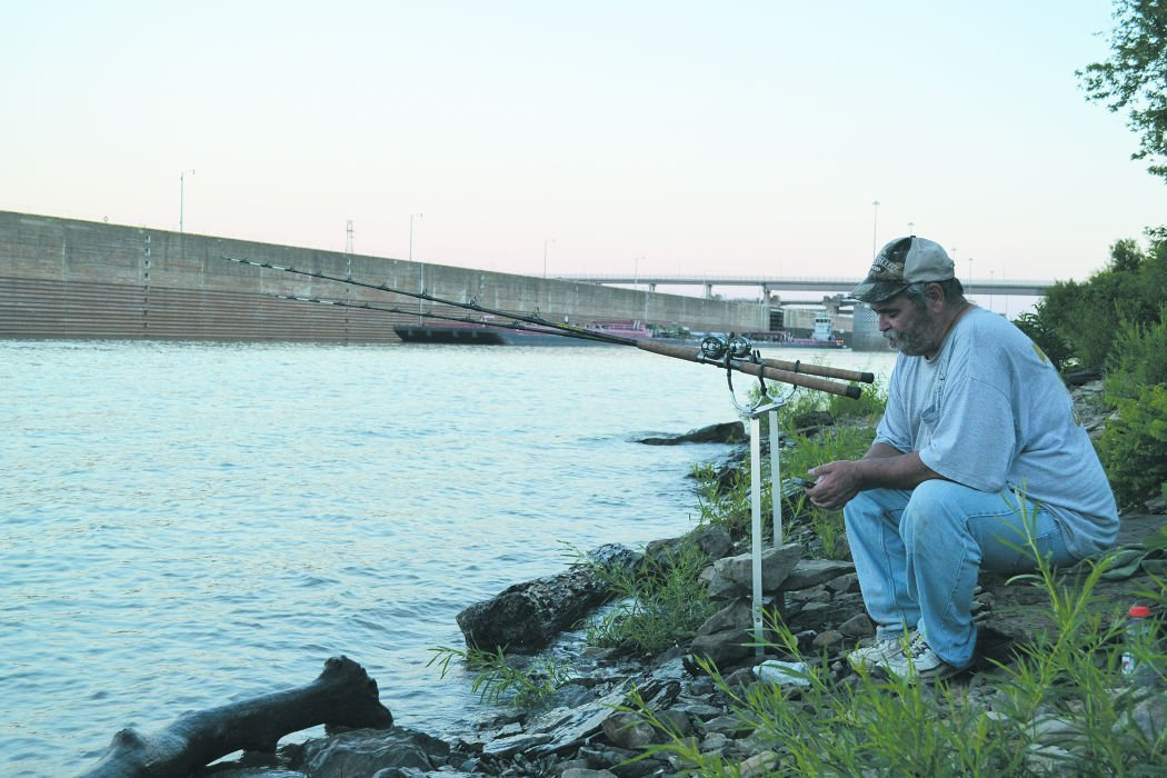 Catfishing on the ohio river columns for Ohio river fish