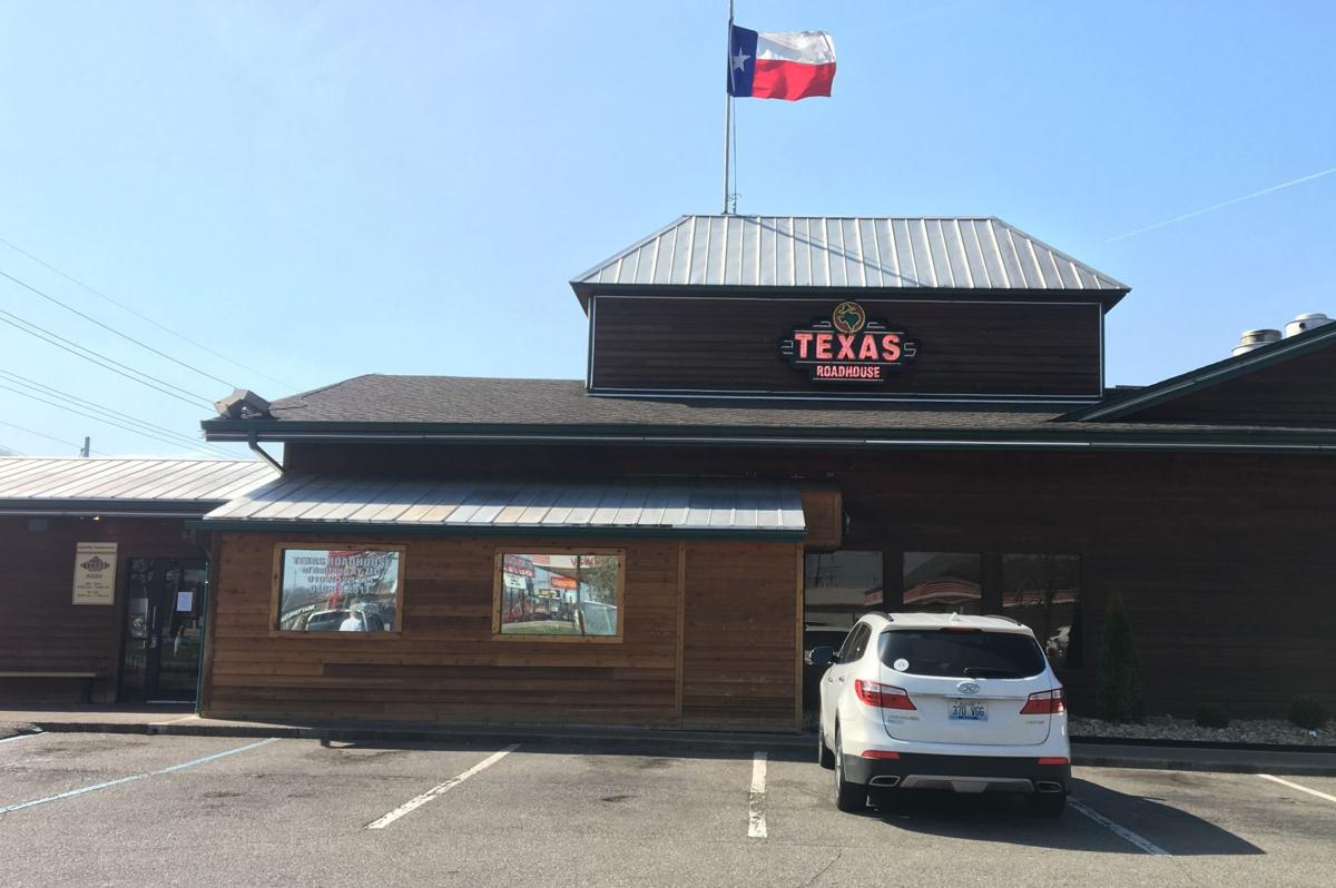 Hep A Case Investigated At Texas Roadhouse News Dailyindependentcom - Shriners car show middletown ohio