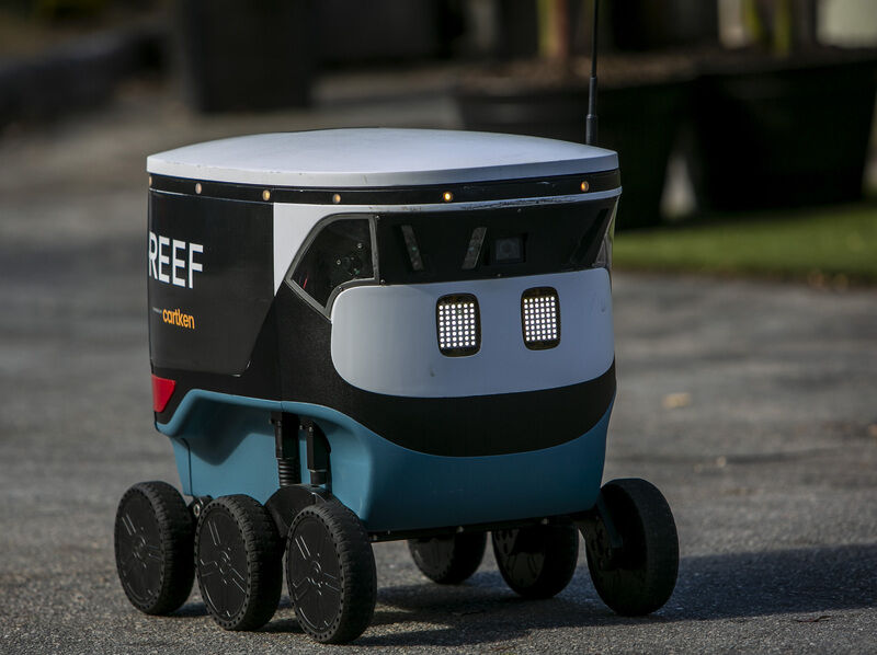Miami's REEF brings robot dinner delivery to downtown. (Tips not required)