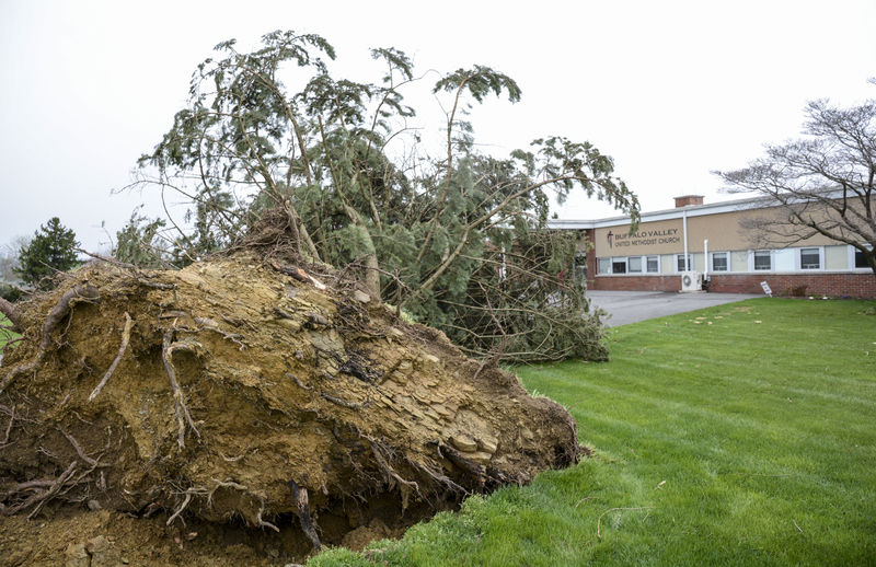 Tornado touchdown, power loss hit Valley