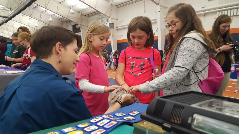 STEAM Expo spurs Valley Girl Scouts' interest in science