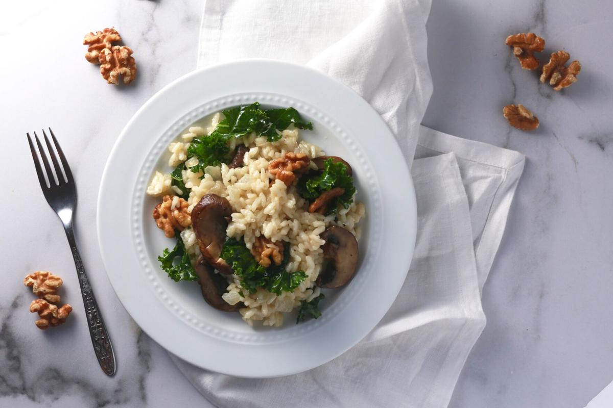Tuscan risotto with kale, mushrooms, and walnuts_2