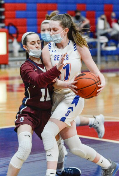 Seals top Shikellamy in district final preview