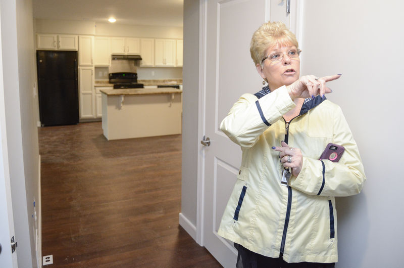 First tenants plan move into Penn Commons housing