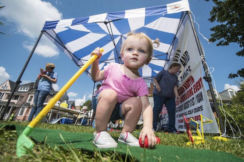 Thousands hit the street for Sunbury River Festival