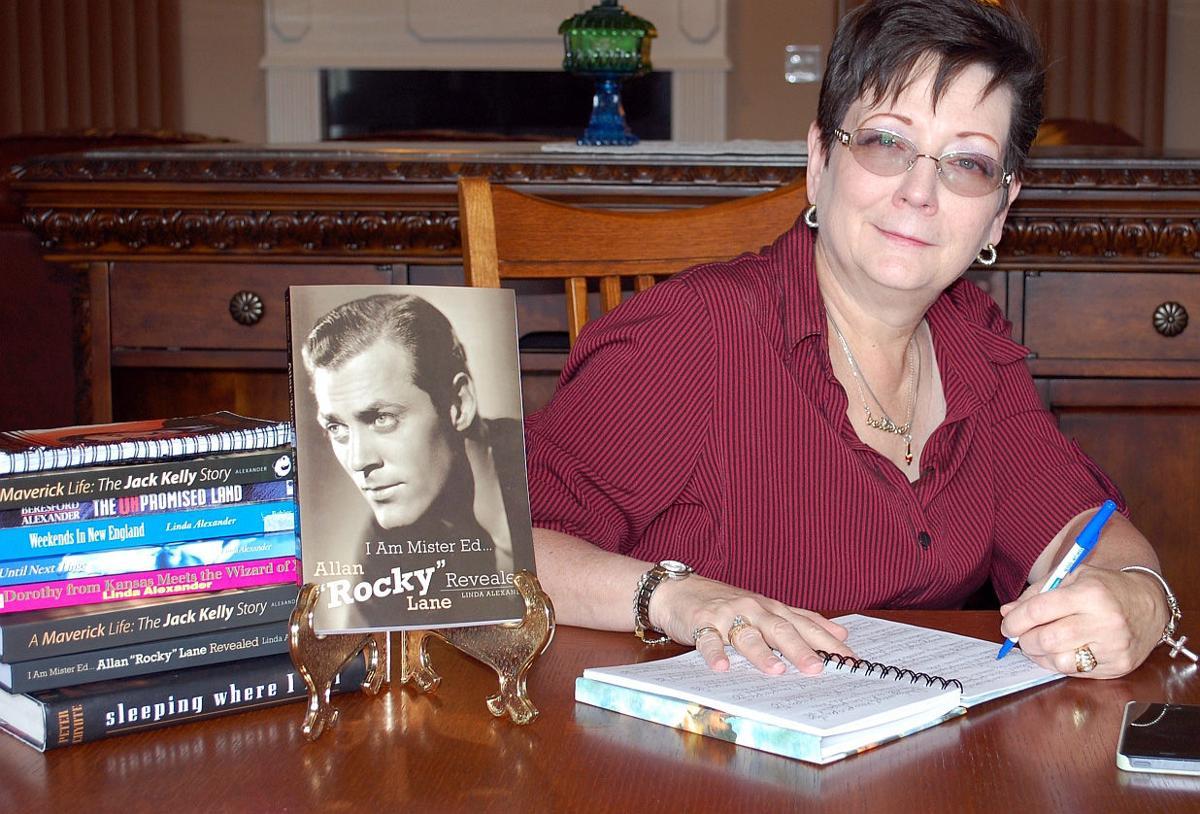 Author Linda Alexander
