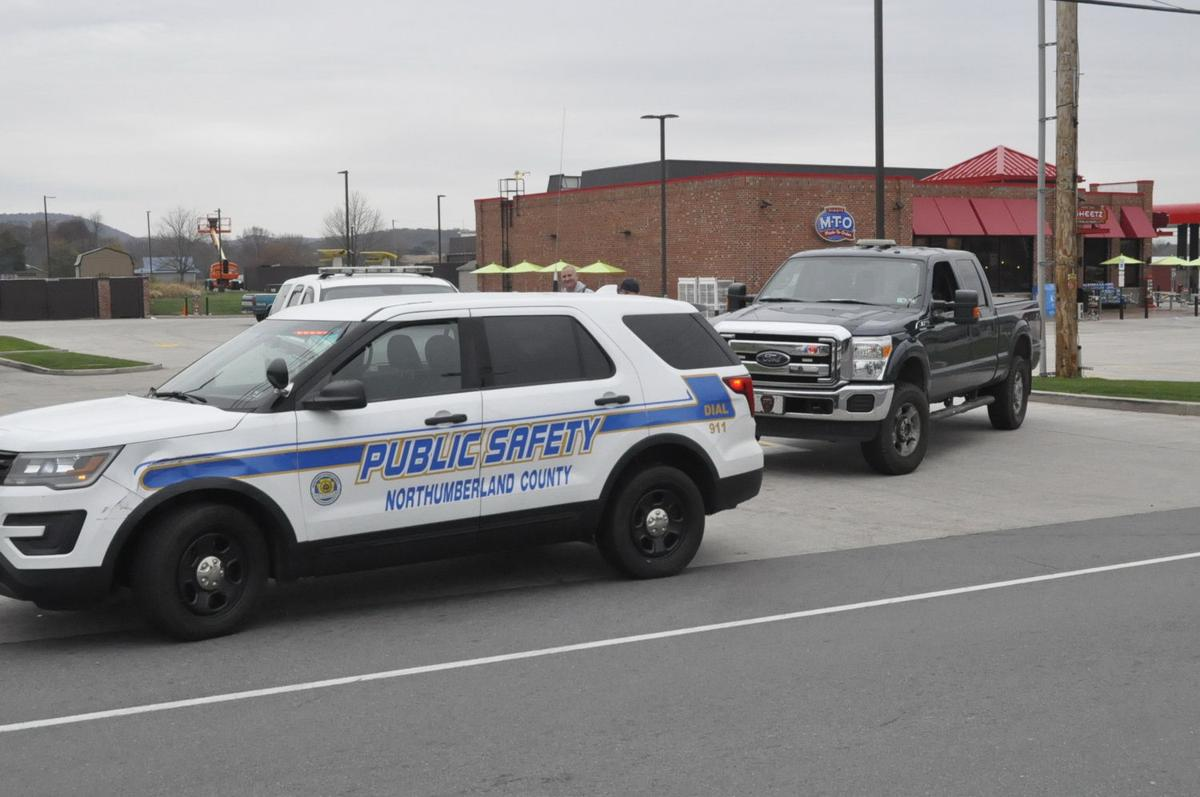Bomb squad at Elysburg Sheetz, investigating suspicious package