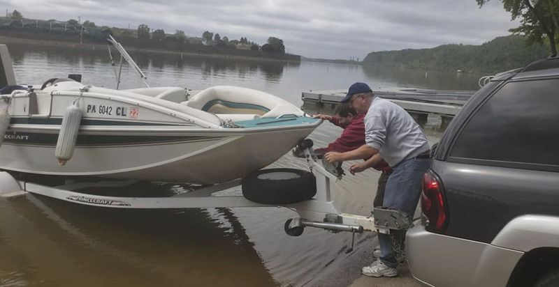 Valley boaters celebrate first day of boating season