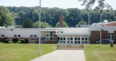 Mifflinburg, Lewisburg school officials to track COVID-19 cases after state recommends online-only start
