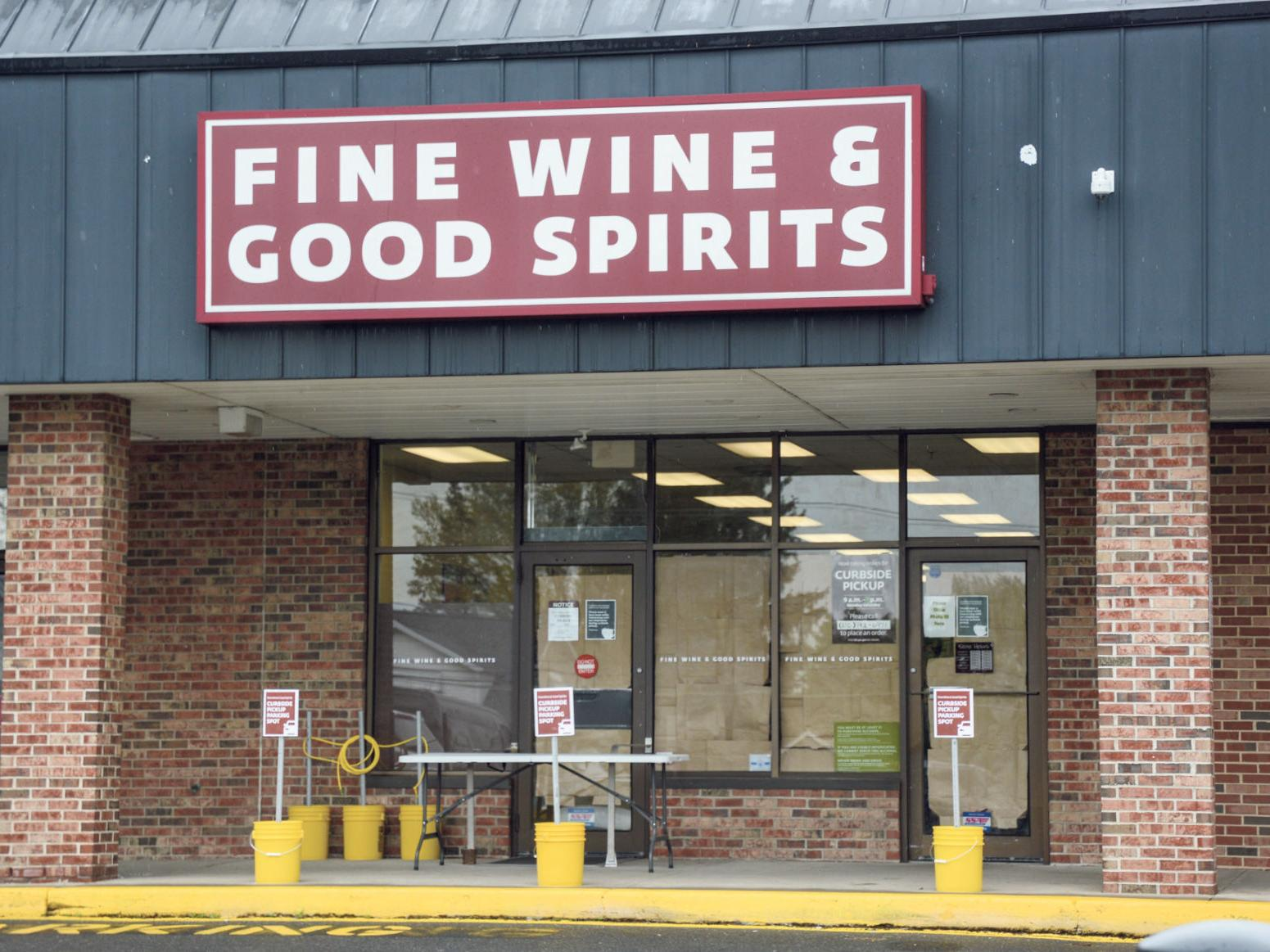 Valley Liquor Stores Downtown Retailers Working To Be Safe Ready For Friday Reopenings Snyder County Dailyitem Com