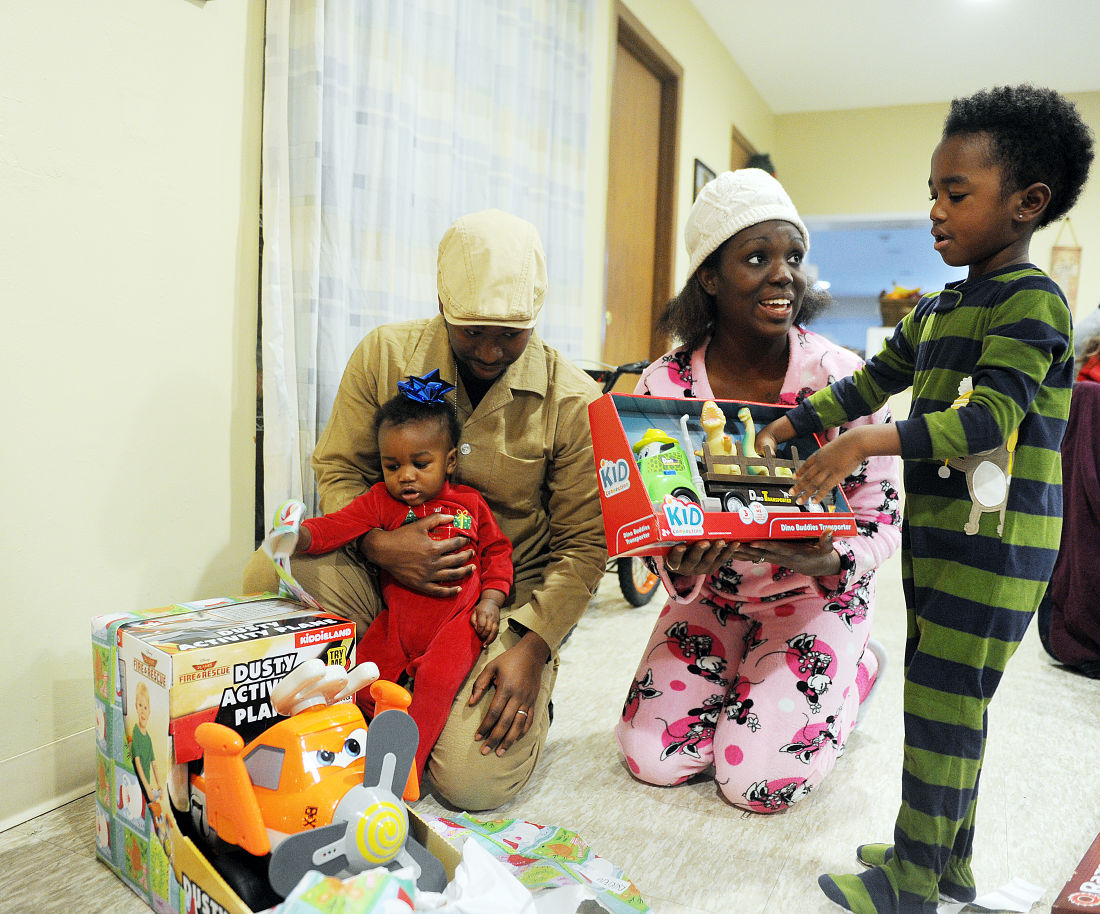 Haven on earth: Gifts surprise 7 kids at city homeless shelter ...