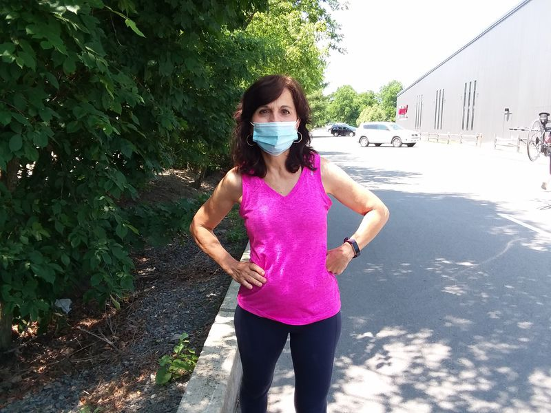Doctors recommend walking pandemic stress away