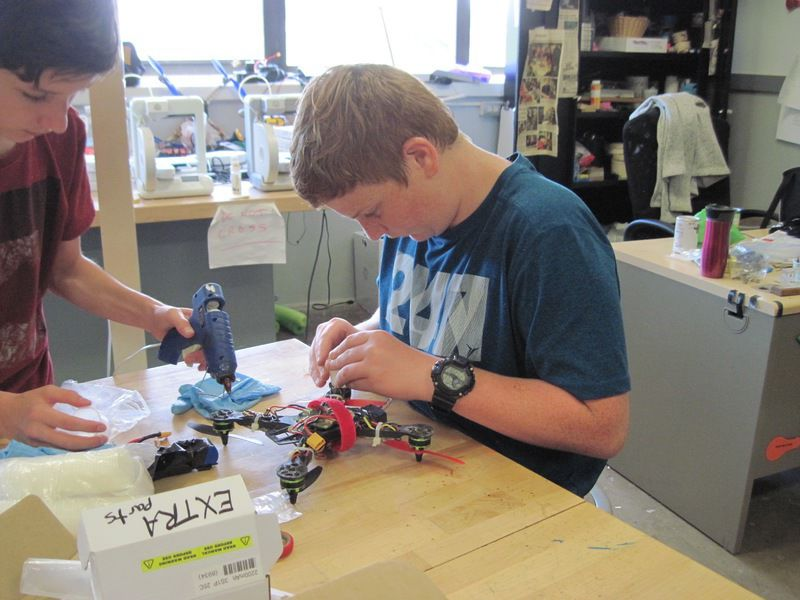 STEM students build, test fly their drones | Local News