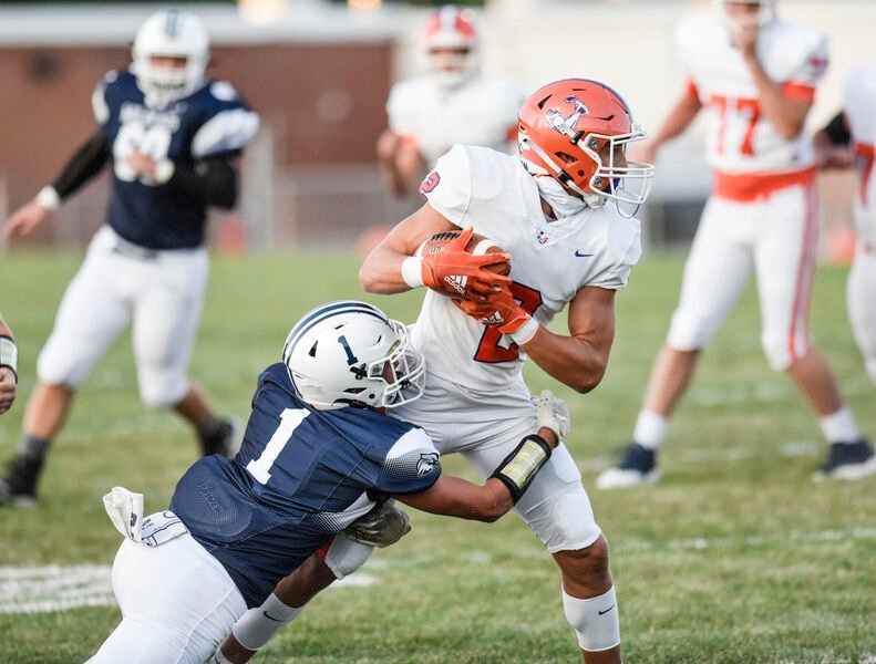 Ironmen score on first seven drives in rout