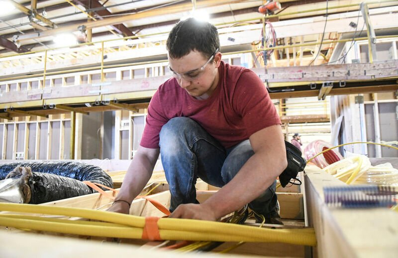 Valley businesses say development is stunted by labor shortage
