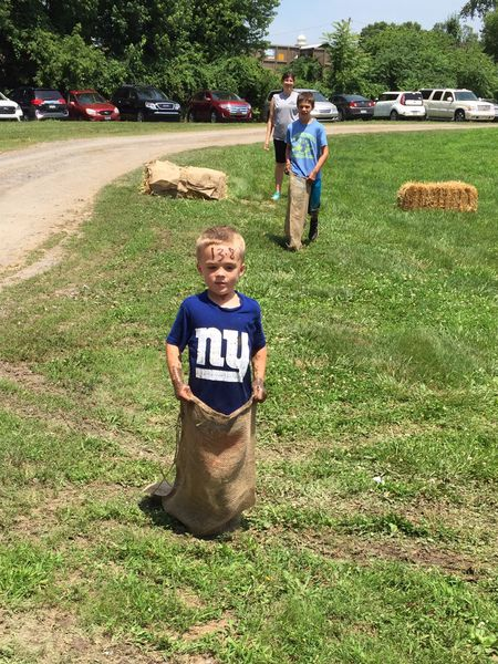 Heat doesn't stop participants at Pineknotter Days event