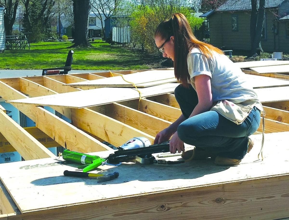 sun tech students work on habitat for humanity house news