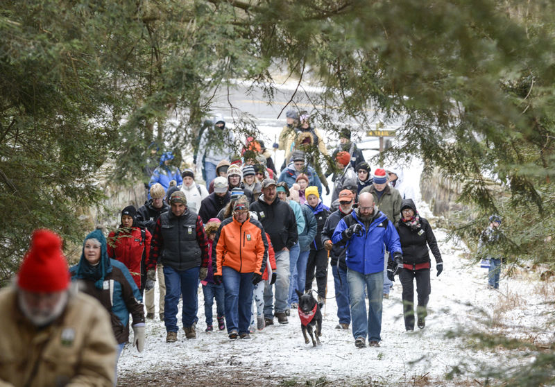 Dozens start the year off with hike at state park