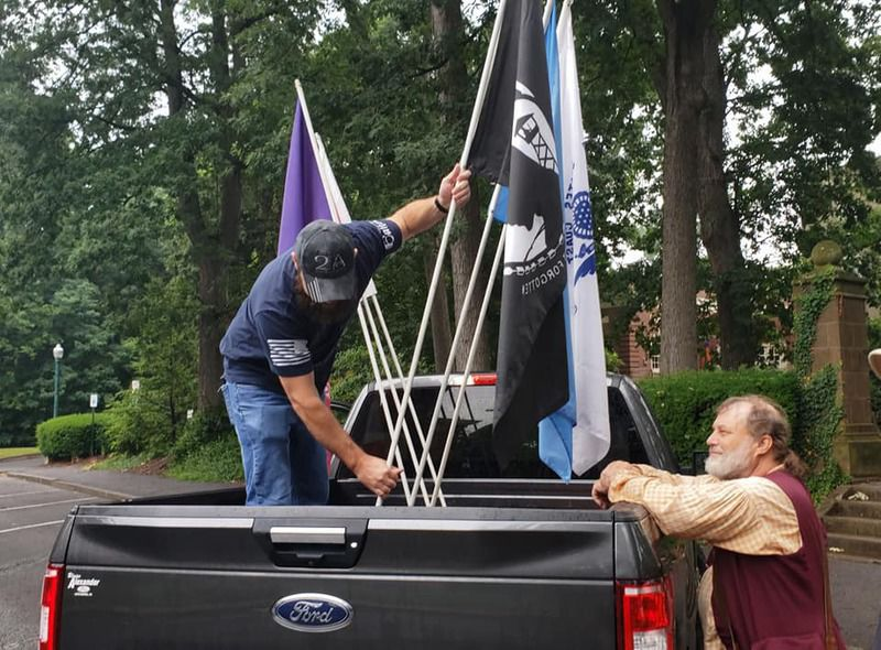 Pop-up parade marches through Lewisburg