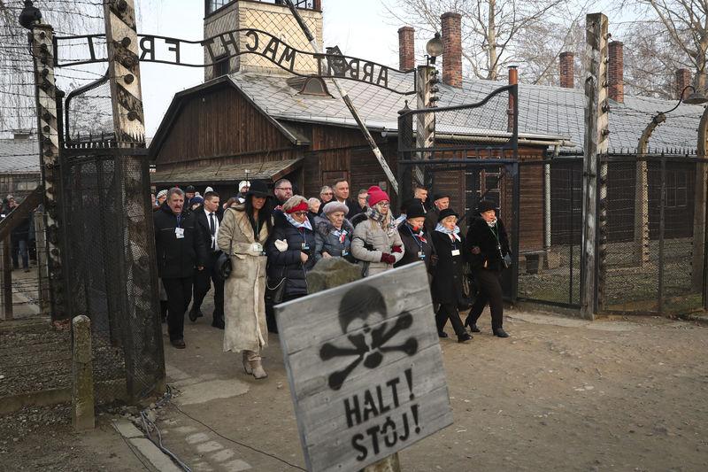 Survivors visit Auschwitz on liberation anniversary