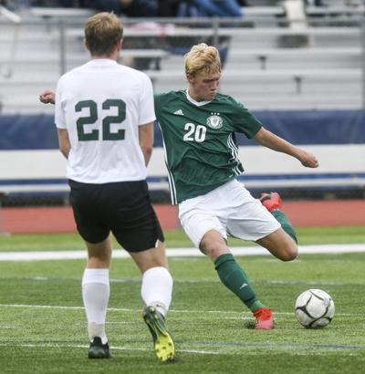 Lewisburg starts well in district rout