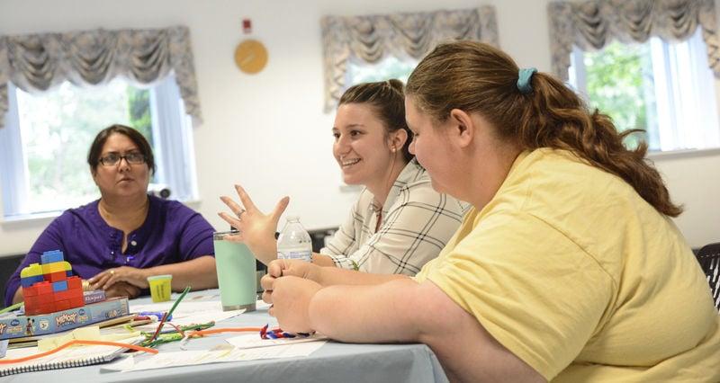 Screen time, technology major topics at Parent Cafe