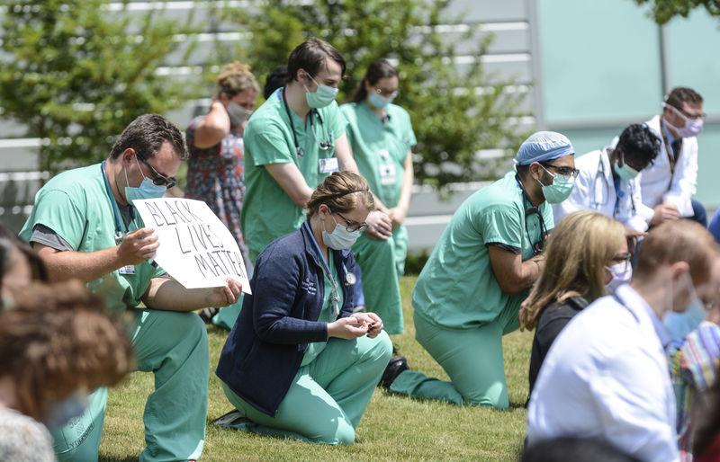 Geisinger employees host moment of silence for George Floyd
