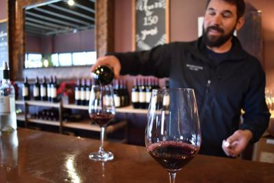 In wake of Kincade fire, Sonoma wine country lifestyle is very much intact
