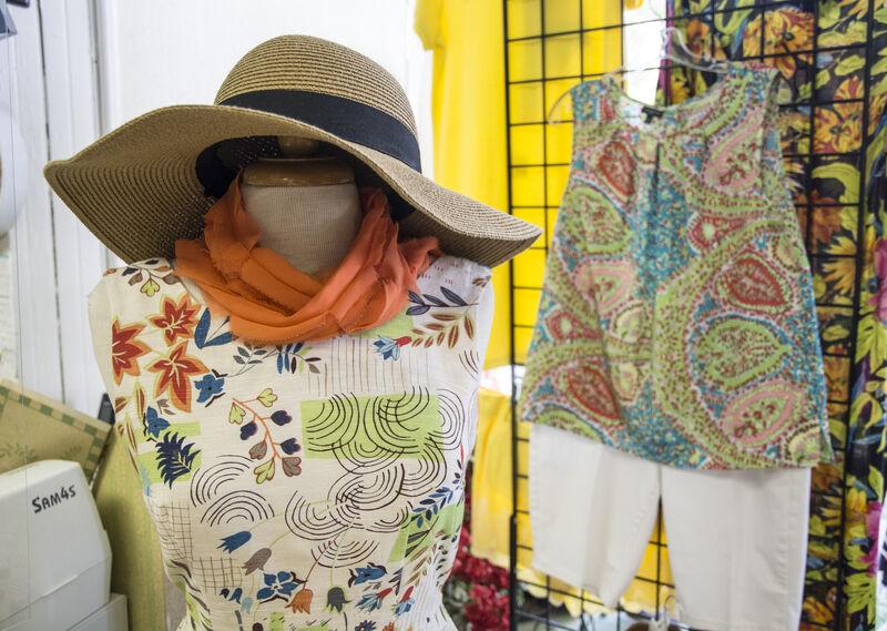 Art teacher finds second career at Lewisburg boutique