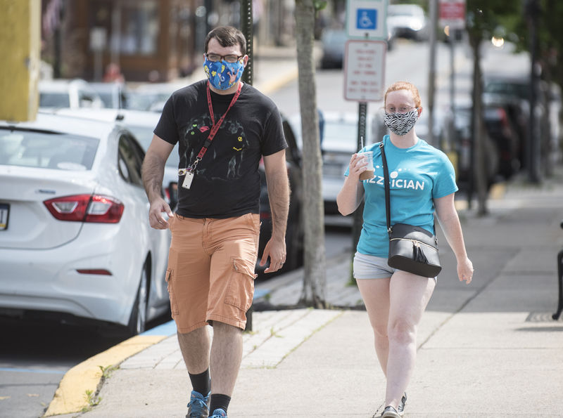 Valley residents split on wearing masks during pandemic