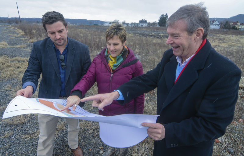 Residents want retail, hospitality at Knight-Celotex property ...