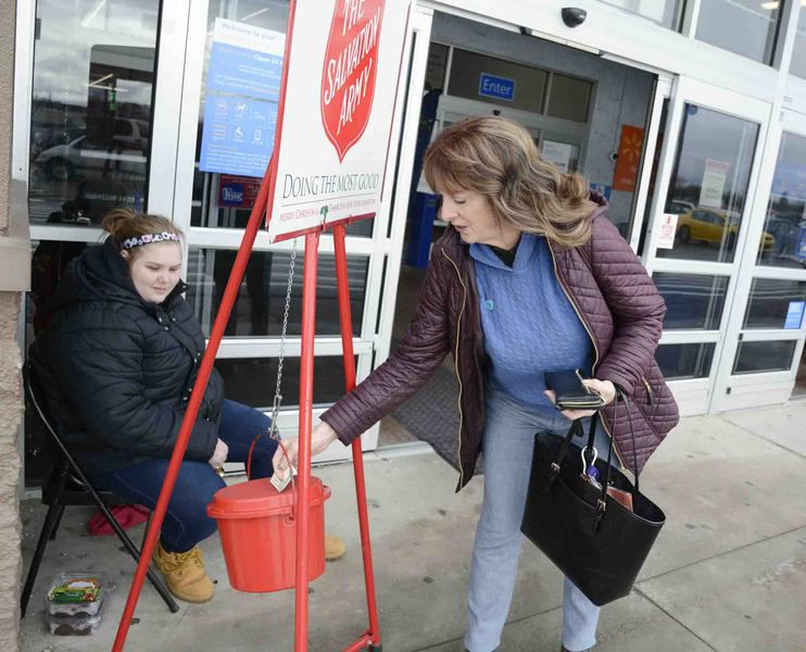 Volunteers out in force for Salvation Army's annual Kettle Drive