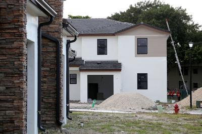 BIZ-REAL-RENTAL-HOUSING-FL