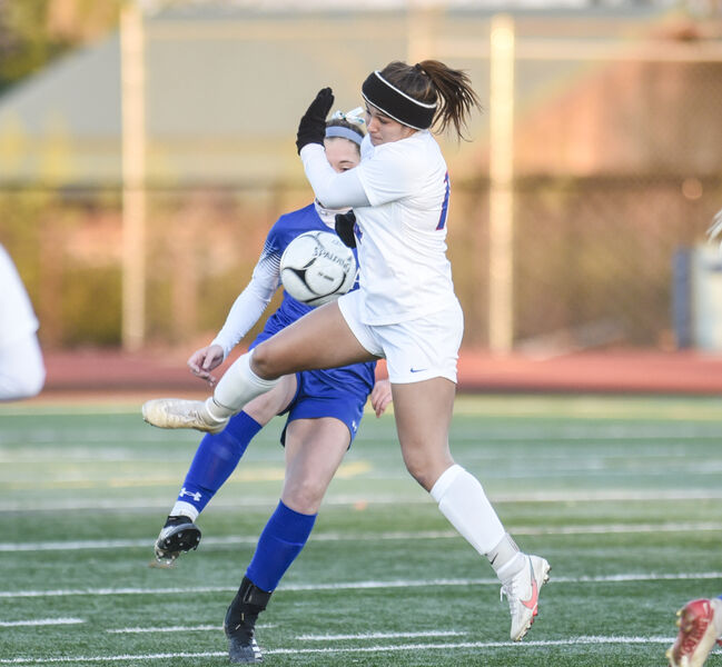 Selinsgrove falls in double overtime to Jems