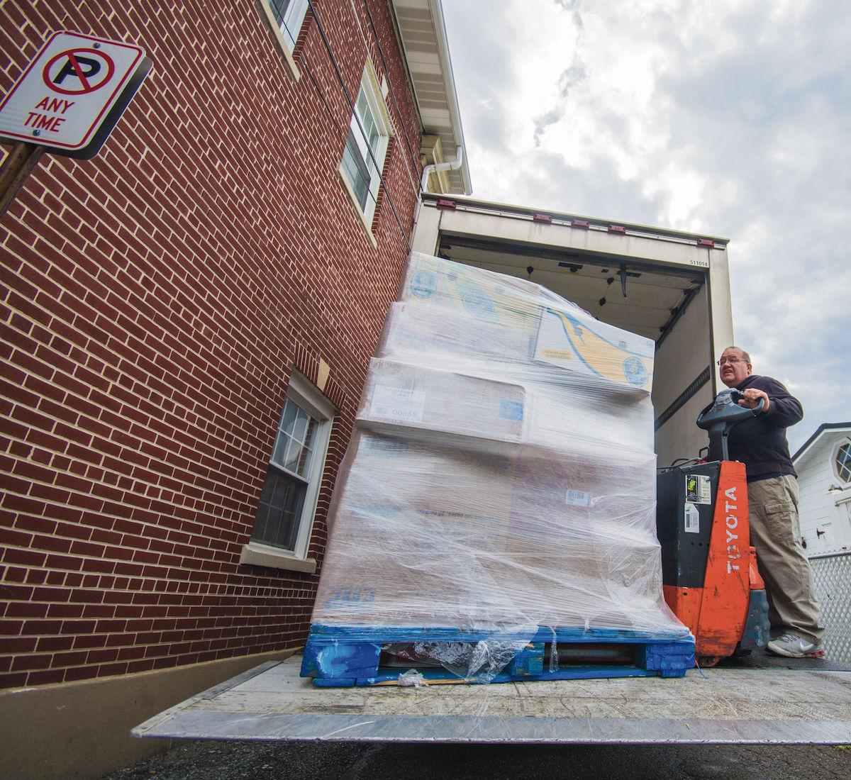 Giveaway helps families fill pantries