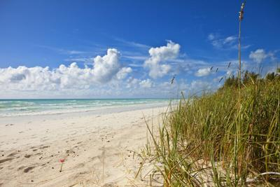 Bahamas welcoming U.S. travelers, but they must quarantine for 14 days