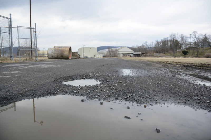 $1M grant to improve truck,rail access to industrial park