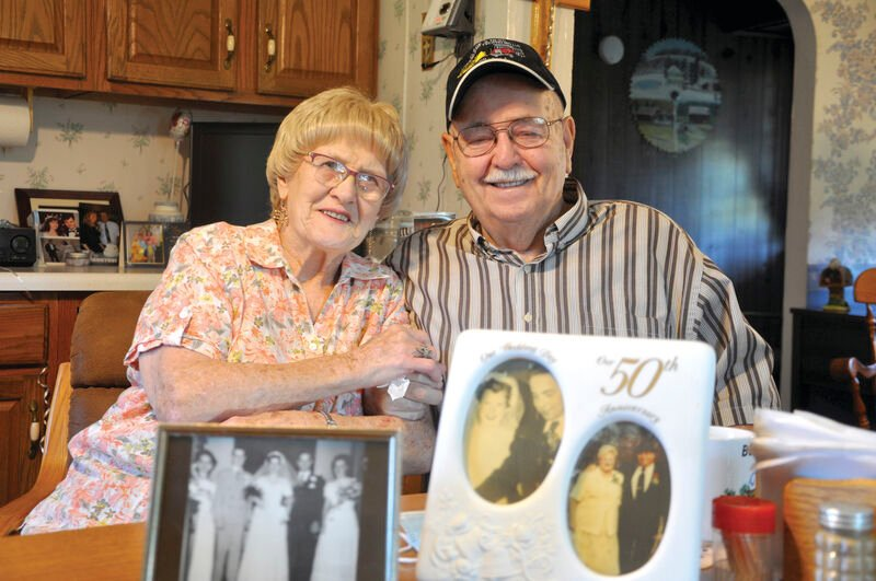 Valley couple celebrates 70 years of marriage