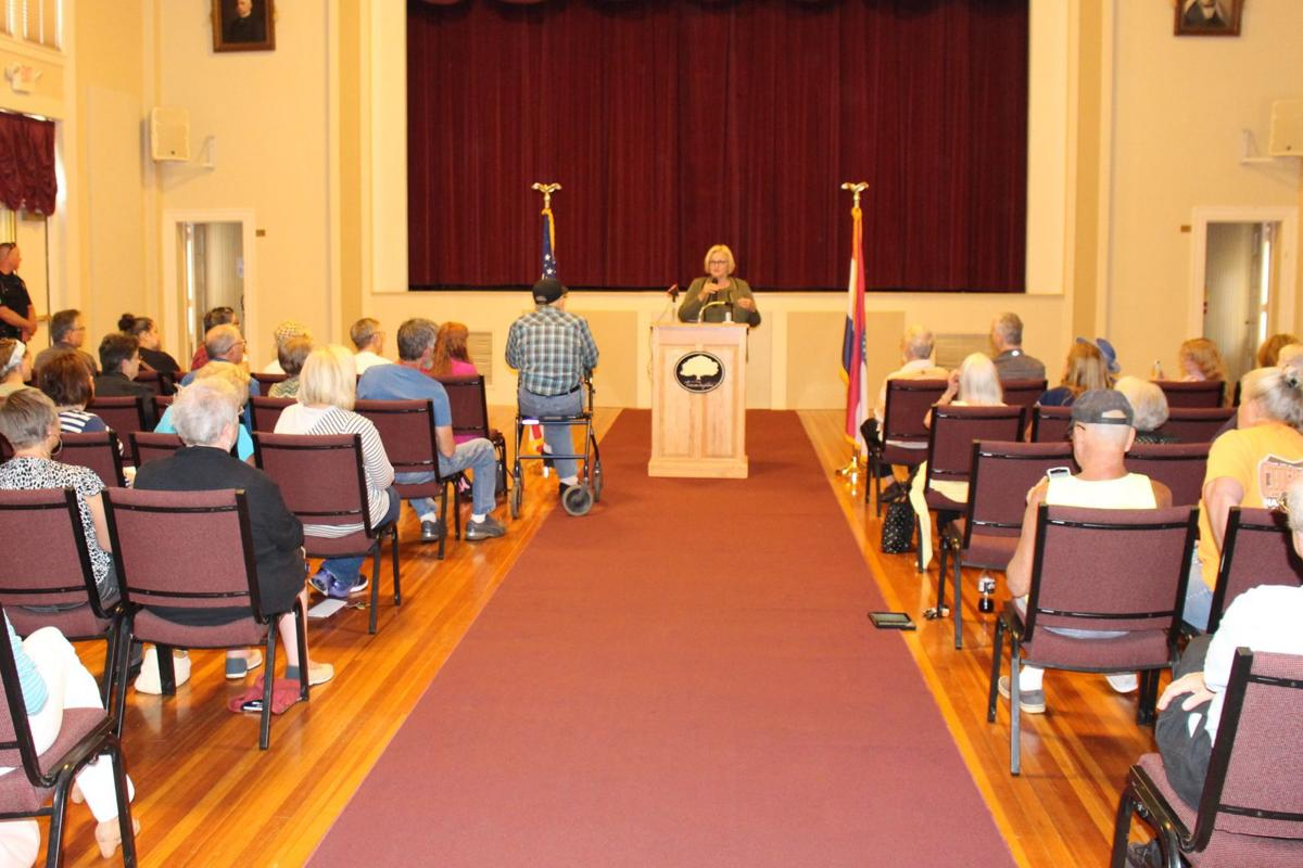 McCaskill 'hoes middle row' at town hall