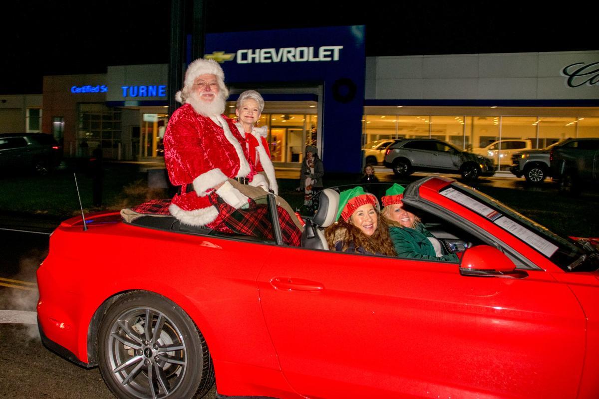 Hefner Christmas Parade