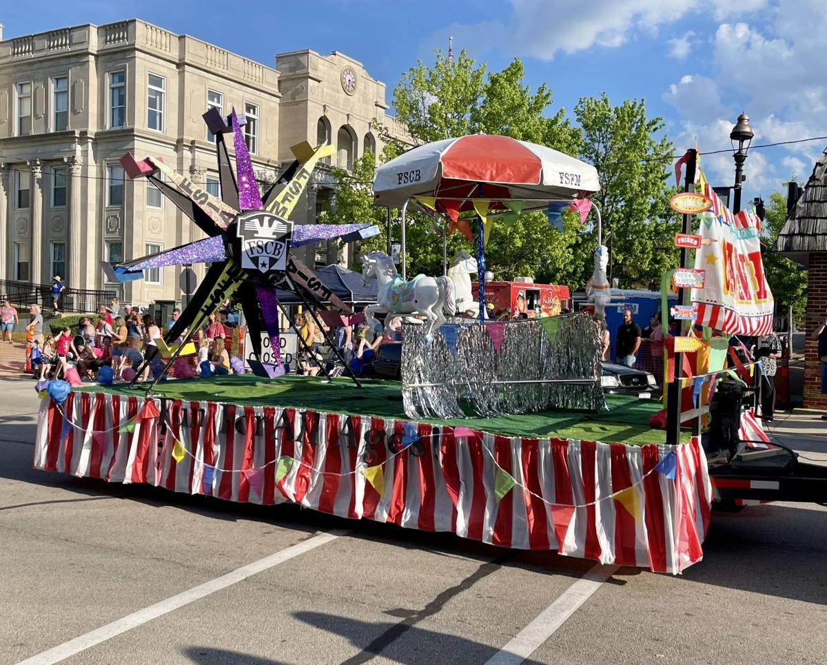 Country Days Parade lives up to carnival theme
