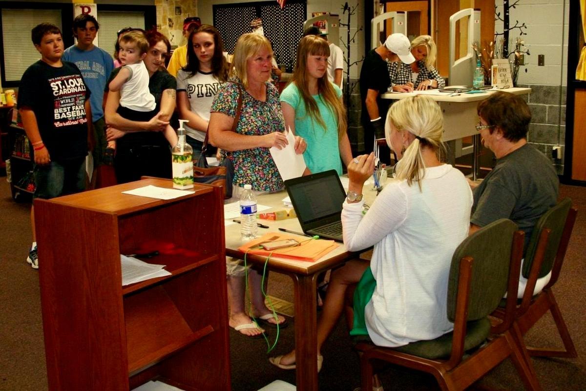 Farmington school district registration starts soon